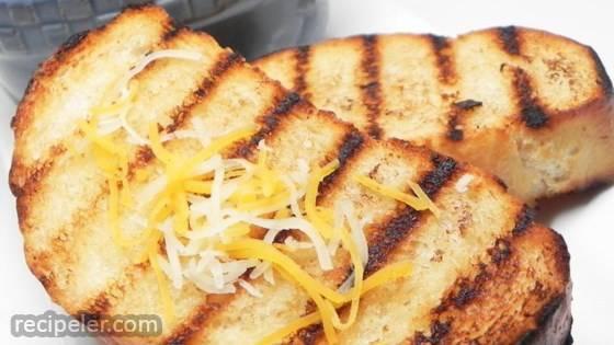 Garlic Bread (Molho de Alho)
