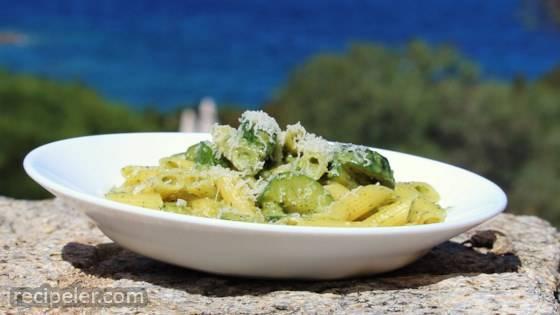 Gnocchetti Sardi in Pesto Leggero di Zucchine (Zucchini Pesto Pasta)