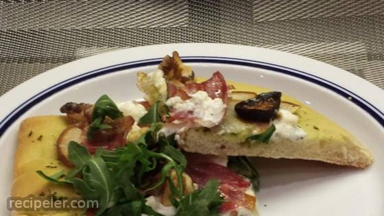 Goat Cheese, Pear, and Bacon Pizza with Pesto Sauce