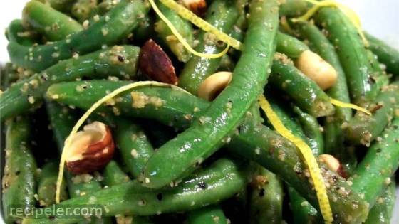 green beans with hazelnuts and lemon
