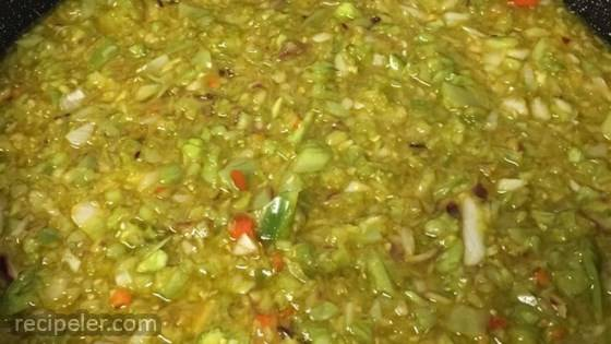 Green Tomato and Pepper Relish