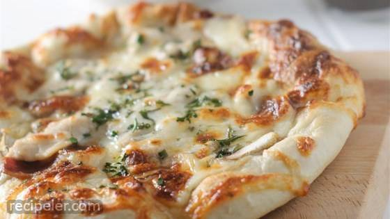Grilled Chicken Alfredo Flatbread Pizzas