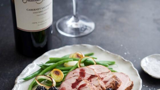 grilled pork tenderloin with blackberry sauce
