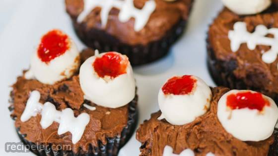 Halloween Chocolate Cupcakes with Monster Peanut Butter Eyes