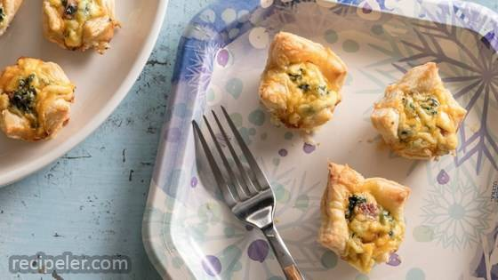 Ham-and-Cheese Spinach Puffs
