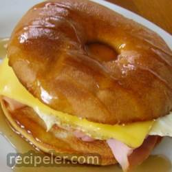 Hammy Egg Maple Bagel