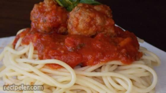 Healthier talian Spaghetti Sauce with Meatballs