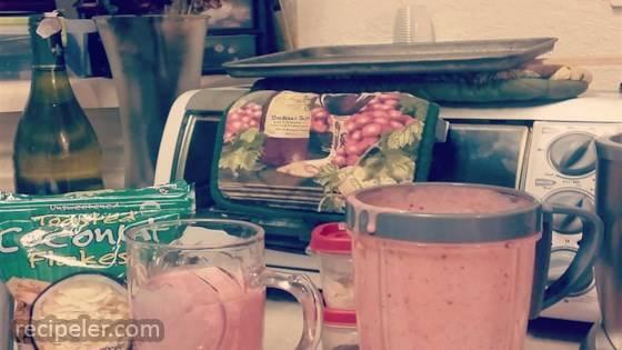 Healthy Strawberry Apriplum Yogurt Smoothie