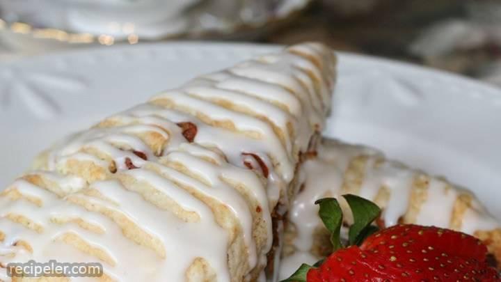 hershey's® white chocolate cinnamon scones