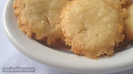 Homemade Brazilian Cheese Crackers (Sequilhos de Queijo)