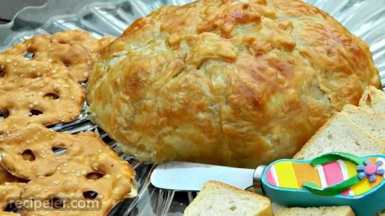 Honey Buttered Brie en Croute