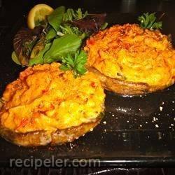 Hummus-Stuffed Portobello Caps