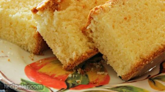 Kentucky Blue Ribbon All-Butter Pound Cake