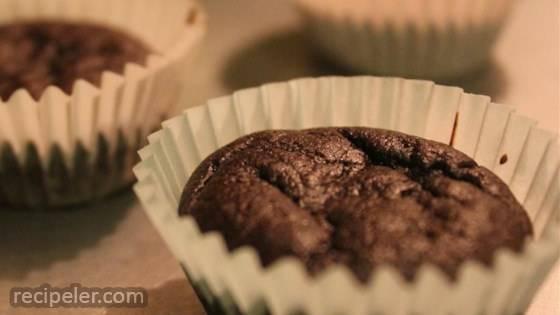 Keto-Friendly Brownie Cakes