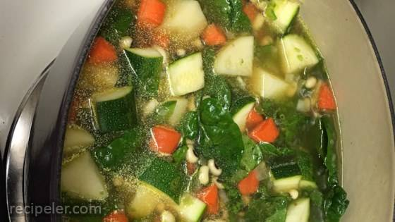 Loaded Black-eyed Peas, Spinach, and Vegetable Soup
