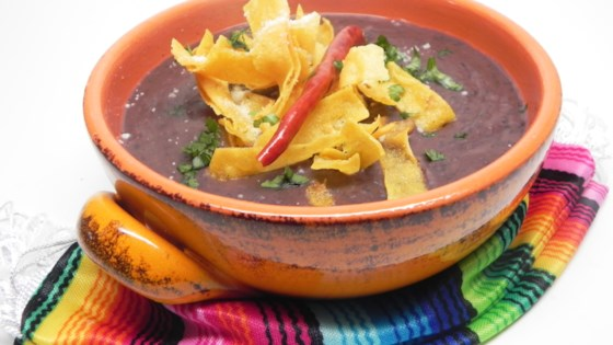 mexican bean and tortilla soup (sopa tarasca)