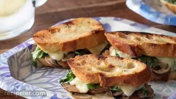Mini Grilled Cheese Sandwiches with Sauteed Mushrooms and Arugula