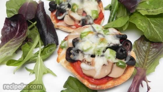 Mini Vegan Pizzas