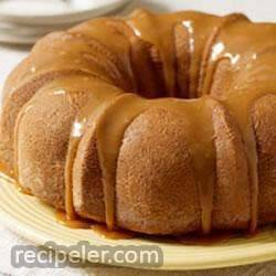 Moist Caramel Apple Cake by JELL-O