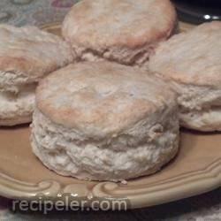 Mom's Baking Powder Biscuits