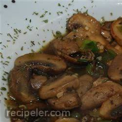 mushrooms in white wine sauce