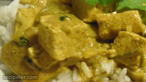 ndian Hot Curried Mangos with Tofu