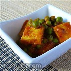 ndian Matar Paneer (Cottage Cheese and Peas)