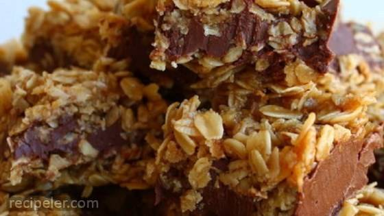 No-Bake Chocolate Oatmeal Bars