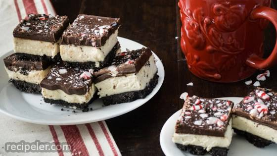 No-Bake Chocolate Peppermint Cheesecake Squares