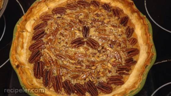 Old-Fashioned Honey Pecan Pie