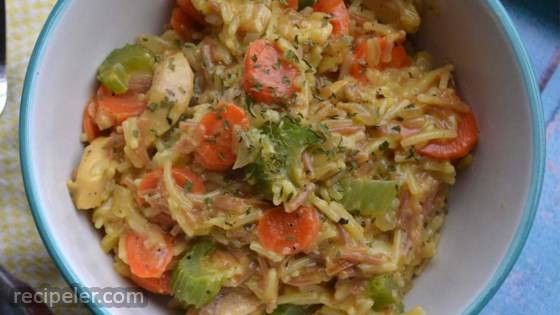 One Pan Cheesy Chicken and Vegetables