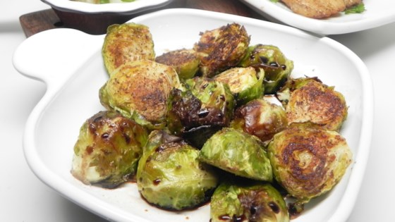 oven-roasted brussels sprouts with garlic