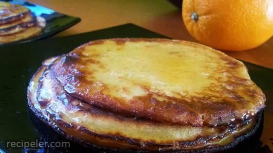 Paleo Applesauce Pancakes