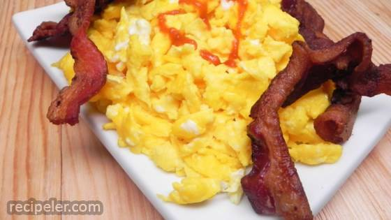Paleo Scrambled Eggs