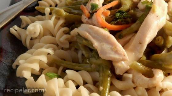 Pasta with Thai-Style Chicken