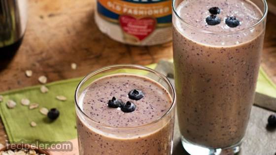 Peanut Butter Banana Berry Oat Smoothie