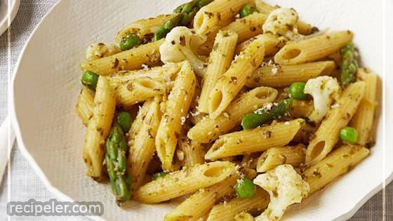 Peas and Pesto Pasta Primavera