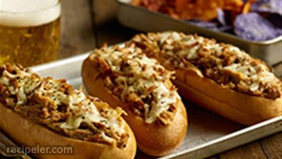 Pulled Pork Pub Subs