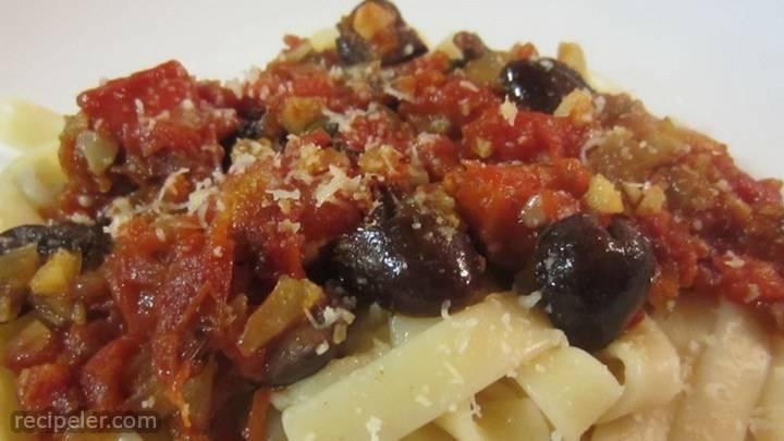puttanesca or kalamata kwik sauce