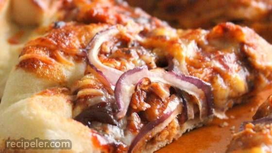 Quick and Easy BBQ Chicken Pizza