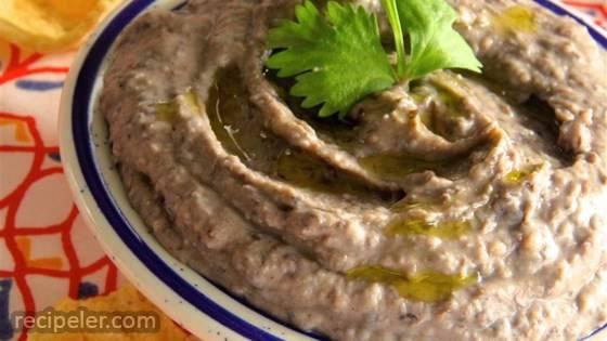 Quick Black Bean Hummus