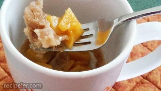 Quick Peach Cobbler n a Mug