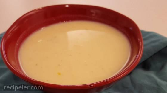 Quick Vegetarian Egg-Lemon Soup with Brown Rice