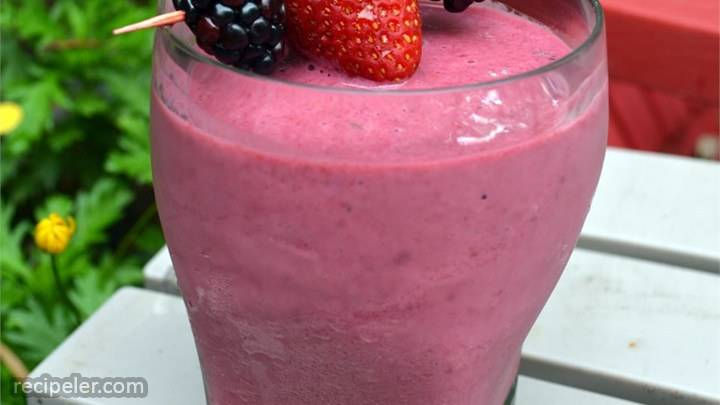 raspberry blackberry smoothie