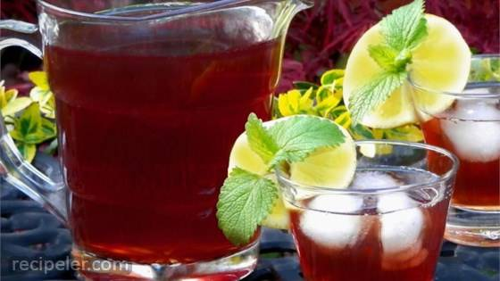 Raspberry ced Tea