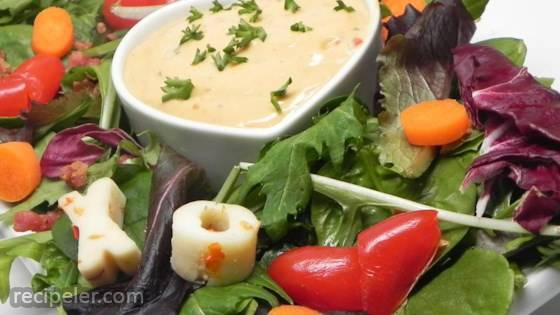 Red Pepper Hummus Salad Dressing
