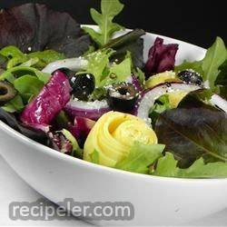 salad with artichokes