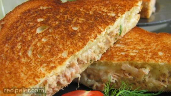 Simple Tuna Melts