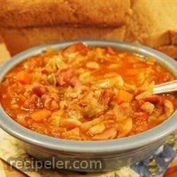 Slow Cooker Fifteen Bean Soup