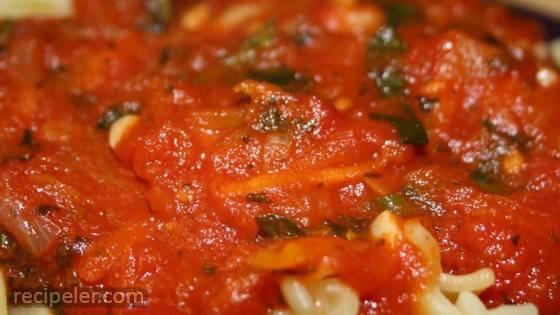 Slow Cooker Spinach Marinara Sauce